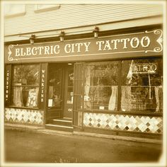 Electric City Tattoo. American, traditional, Old-school style tattoo. Portland, Oregon