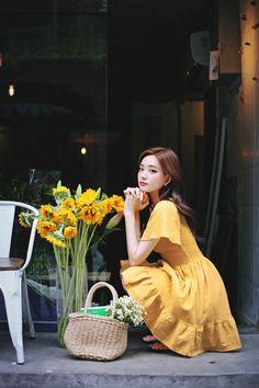 Teen Fashion Outfits, Cute Fashion, Korea Fashion, Korean Actresses, Lovely Dresses, Girl Model, Beautiful Asian Girls, Ulzzang Girl, Girl Photos