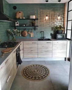 Modern Kitchen Design, Interior Design Kitchen, Kitchen Decor, Kitchen Backsplash, Eclectic Kitchen, Kitchen Designs, Green Tile Backsplash, Backsplash Ideas, Cuisines Design