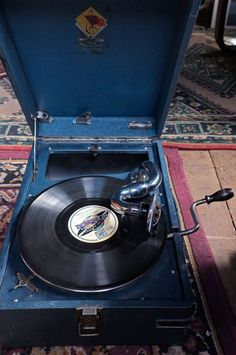 Beautiful Russian Gramophone from the 1930's. Now fitted with an HMV soundbox. It sounds lovely. Just in time for a wedding in Cornwall. #cornwallweddingdj #hmv #gramophone #78s #music #cornwall #dj #vintage #wedding #weddings