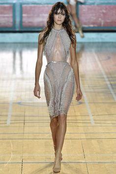 Julien Macdonald Spring/Summer 2017 Ready To Wear Collection | British Vogue