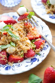 Strawberry Quinoa Caprese Salad with a Spicy Balsamic Vinaigrette | sweetpeasandsaffron.com