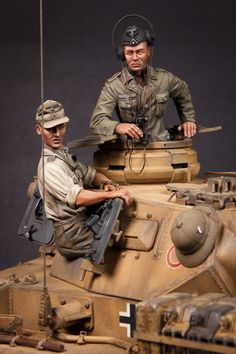 Panzer III North Afrika by Matt Wellhouser · Putty&Paint Afrika Corps, North African Campaign, Military Drawings, Military Action Figures, German Uniforms, Model Tanks, Military Modelling, Ww2 Tanks, Dioramas