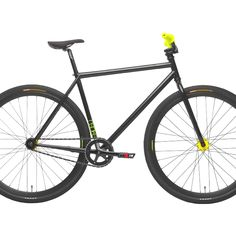 My new bike just arrived. NSBikes Analog, black. A Singlespeed/Fixie Freestyler