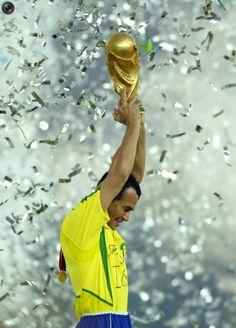 #IncreíblesDatosSobreBrasil - El equipo más exitoso:  Ganador de 5 Copas Mundiales de Fútbol
