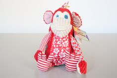 Original Deglingos are French-designed funky plush toys. Made from a super soft thick corduroy, jute fabric, and a patchwork of hip patterns, they are perfect as a companion for all ages or for decorating.