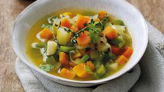 Vegan Autumnal Root Vegetable Soup recipe from Knorr. High Protein Vegetarian Recipes, Healthy Food Options, Vegetarian Soup, Raw Food Recipes, Lunch Recipes, Healthy Recipes, Vegan Food, Easy Recipes, Low Fodmap Vegetables