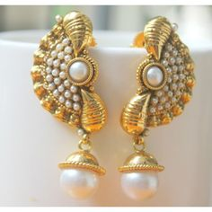 Pearl Polki Conch Shell Earring - white