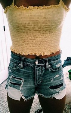 Shop for trendy swimwear, clothing and accessories for women at affordable prices Teenage Outfits, Teen Fashion Outfits, Girl Outfits, Yellow Outfits, Fashion Ideas, Fashion Fashion, Fashion Boots, Fashion Trends, Cute Comfy Outfits