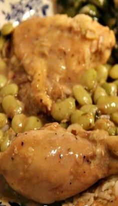 Chicken and Butter Beans - smothered chicken cooked in a roux with baby lima beans Lima Bean Recipes, Meat Recipes, Dinner Recipes, Cooking Recipes, Dinner Ideas, Louisiana Recipes, Southern Recipes, Southern Food, Kitchens