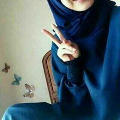 Lovely Girl Image, Beautiful Girl Photo, Cute Girl Photo, Stylish Girls Photos, Stylish Girl Pic, Hijabi Girl, Girl Hijab, Beautiful Muslim Women, Beautiful Hijab