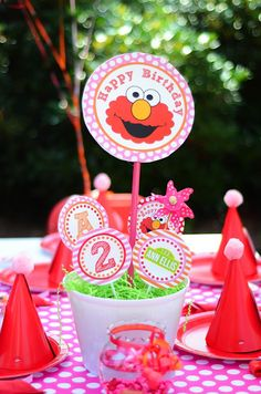 elmo birthday party | Amanda's Parties TO GO: {Customer Feature} Ann Ellis' Elmo Party!