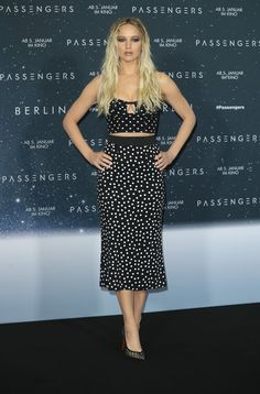 Jennifer Lawrence wearing Dolce&Gabbana at the photocall for 'Passengers' at Hotel Adlon in Berlin, Germany. #DGCelebs
