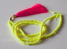Kette mit Quaste - neongelb + neonpink  von Lady_Chaos auf DaWanda.com