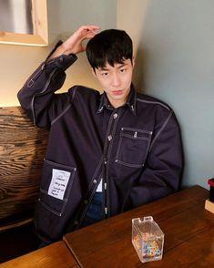 Korean Male Actors, Korean Men, Bae, Denim Jacket Fashion, Korea Boy, Drama Korea, Korean Drama, Kim Woo Bin, Kdrama Actors
