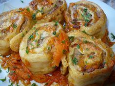 Gruzincsiki: Orosz húsos tésztatekercsek Hungarian Cuisine, Meat Recipes, Shrimp, Meals, Chicken, Cooking, Ethnic Recipes, Cook Books, Food