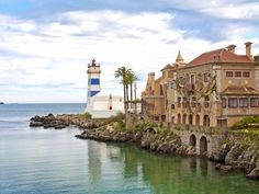 Cascais, Portugal - One of The Best Places in the World to Retire - via Condé Nast Traveler 03.03.2016 | The seaside enclave of Cascais is only 19 miles west of Lisbon but has 10 major golf courses, a castle, miles of cobblestone streets bordered by cafes and fresh seafood vendors, a large English-speaking expat community, and housing for a fraction of what it would cost in the capital city. Portugal is already one of the most affordable countries in Europe...