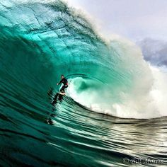 Awesome wave to get shacked!