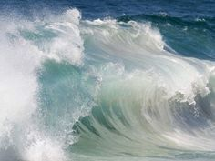 Poderosas olas del mar