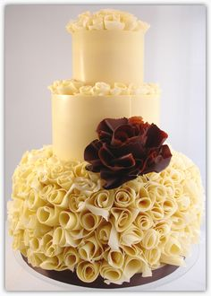 N wouldn't go for this cake but I heart it!