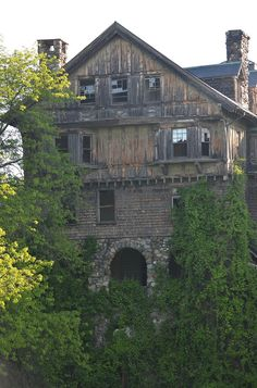"""clavicle-moundshroud: """"Halcyon Hall in Millbrook, NY. https://www.flickr.com/photos/7652577@N05/ """""""