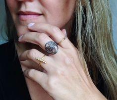 Class Ring, Handmade Jewelry, Rings, Diy Jewelry, Ring, Handmade Jewellery, Craft Jewelry, Jewelry Rings, Handcrafted Jewelry