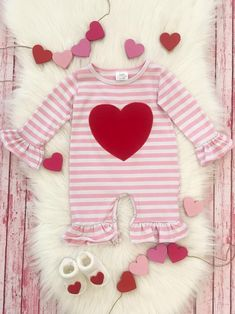 Pink Stripe Heart Baby Romper for Valentine's Day / Long Flare Sleeve Snap Crotch Cotton Jumpsuit 1 Piece Infant / Size 3 6 12 18 24 Months Valentines Day Baby, Valentines Day Dresses, Baby Boutique Clothing, Girls Boutique, Valentine's Day Outfit, Outfit Of The Day, Storing Baby Clothes, Baby Clothes Online, Pink Stripes