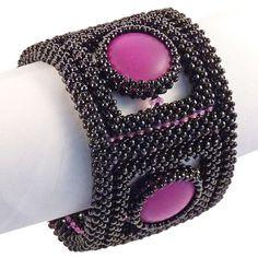 Glasperlenarmband mit Cabochons. Tolles Armband mit Magnetverschlüssen