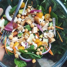 Haven't made a good salad in so long! This one definitely made up for it. chickpeas + feta = the ultimate salad ingredients. This was spinach, grilled chicken, julienned carrot, zucchini, tomato,...