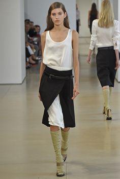 Jil Sander RTW Spring 2015 - Slideshow - Runway, Fashion Week, Fashion Shows, Reviews and Fashion Images - WWD.com