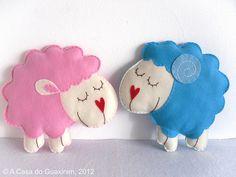 Felt sheeps