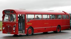 Midland Red 'limited stop' bus Blue Bus, Red Bus, London Transport, Public Transport, Bedford Buses, Buses And Trains, Bus Coach, Child Hood, Busses