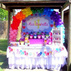 Gök kuşağı renkleri ile My Little Pony temasını birlikte kullanarak harika bir konsept oluşturmayı düşünüyorsanız bugün ki parti fikirleri...