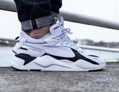 Faut-il acheter la Puma RS X homme Core White Black ? Pumas Shoes, Men's Shoes, Nike Shoes, Shoes Sneakers, Baskets Addidas, Baskets Nike, Addidas Sneakers, Air Max Sneakers, Puma White
