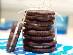 Sjokoladekjeks med vaniljekrem – Oreokjeks | TRINEs MATblogg