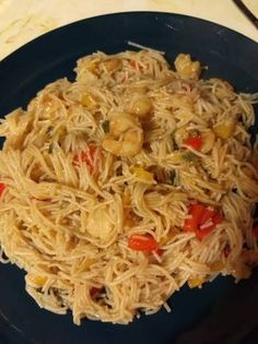 Exotic Food, Greek Recipes, I Love Food, Japchae, Street Food, Pasta, Yummy Food, Ethnic Recipes, Drink