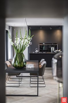 The post Family house Muiden appeared first on HOOG.design - Exclusive living inspiration in the United Kingdom. Dining Room Design, Interior Design Living Room, Home Living Room, Living Room Decor, Muebles Living, Dream Home Design, Home And Deco, Interior Inspiration, Sweet Home