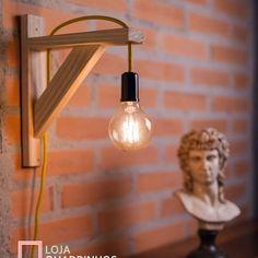 Cafe Interior Design, Home Design Decor, Lamp Design, Rustic Light Bulbs, Rustic Floor Lamps, Diy Home Bar, Salt And Light, Woodworking Bench Plans, Cool Lamps