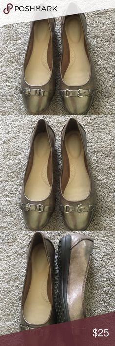 Gold Skimmers NWOT Gold metallic Flex Stitch Skimmers Kohl's Shoes Flats & Loafers