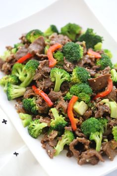 This Beef and Broccoli Teriyaki is a quick and easy meal with thin slices of beef and chunks of beautiful broccoli in a sweet and saucy homemade teriyaki marinade and sauce. Beef Chunks Recipes, Thin Steak Recipes, Healthy Steak Recipes, Roast Beef Recipes, Healthy Foods, Healthy Eats, Teriyaki Beef Stir Fry, Teriyaki Steak, Beef Marinade