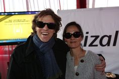 The Neighbors star Simon Templeman and wife Rosalind Choa make quite the cute pair in their sunglasses with Crizal UV lenses