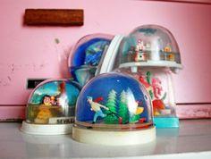 SALE Five Vintage Plastic Souvenir Snow Globes Instant Collection
