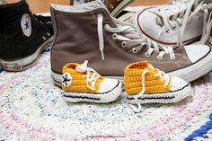 Ihan Kaikki Kotona: Minit Converse Chuck Taylor High, Converse High, High Top Sneakers, Marimekko, Chuck Taylors High Top, High Tops, Baby Shoes, Kids, Fashion