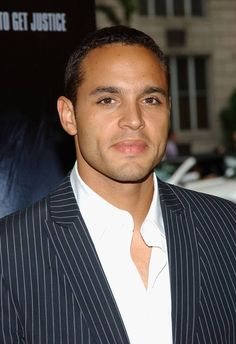 Mr. Daniel Sunjata... I miss seeing you on Rescue Me...