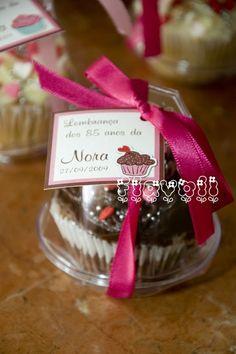 Cupcake  :: flavoli.net - Papelaria Personalizada :: Contato: (21) 98-836-0113  vendas@flavoli.net