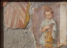 Girl with a dove. Pompeii or Herculaneum, I century. Girl symbolizes Venus, so her rich gold ornaments.