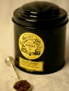 Mariage Freres tea is an elegant gift. The tin is like a present that wraps itself. #MariageFreres