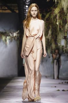 achasnel:  Vionnet - Fall/Winter 2015-16 - PFW day 2