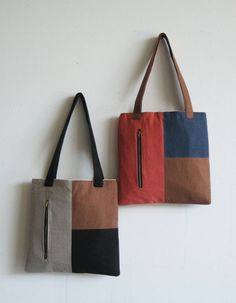 50 Trendy Ideas For Patchwork Bags Leather Inspiration Patchwork Bags, Quilted Bag, Patchwork Quilting, Denim Patchwork, Diy Bag With Pockets, Sacs Tote Bags, Clutch Bags, Women's Bags, Diy Bags