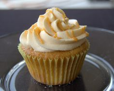 Harry Potter Butterbeer Cupcakes ~ 365 Days of Baking